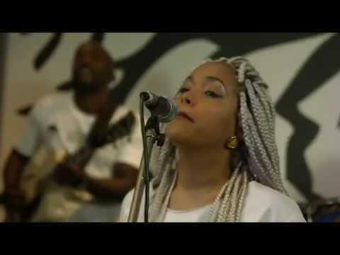 Monique Bingham with Jazzmeloz Live at KayaFM