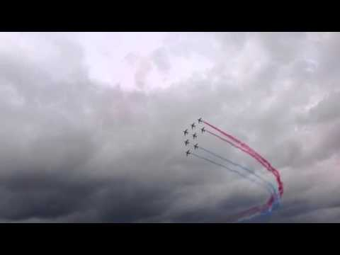 Le bourget 93 salon de l 39 aviation 2014 france youtube for Salon de l aviation le bourget