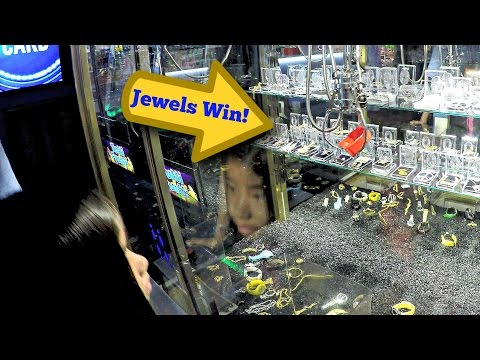 Winning Arcade Claw Machine Prizes At The Skill Crane Games: SWEET Jewelry Win & Plush Toys