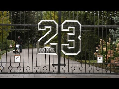 Real Reason Michael Jordan's House Won't Sell