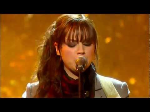 Amy Macdonald Sweet Caroline (Live on ITV's Guilty Pleasures 09-02-2008)
