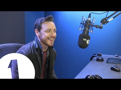 James McAvoy sings Kelly Rowland's Motivation! & 7mins 22secs more McAvoy Joy