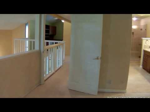 Sacramento Home For Rent - 2 Bed 2.5 Bath - by Property Management in Sacramento