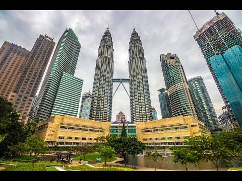 THE TWIN TOWERS IN REAL LIFE! - Petronas Towers, Kuala Lumpur, Malaysia