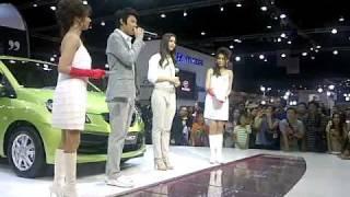 Yaya at Motor Show (3-4-11) Thumbnail