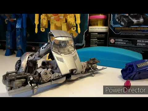 TRANSFORMERS STUDIO SERIES DOTM : SOUNDWAVE Transformation