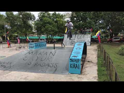 Labuan x treme competition BMX best trick 2017