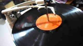 tocadisco antiguo RCA victor funcionando