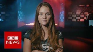 Inside world of female gamers   BBC News