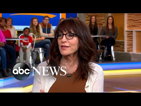 Katey Sagal opens up about her past drug addiction in new memoir