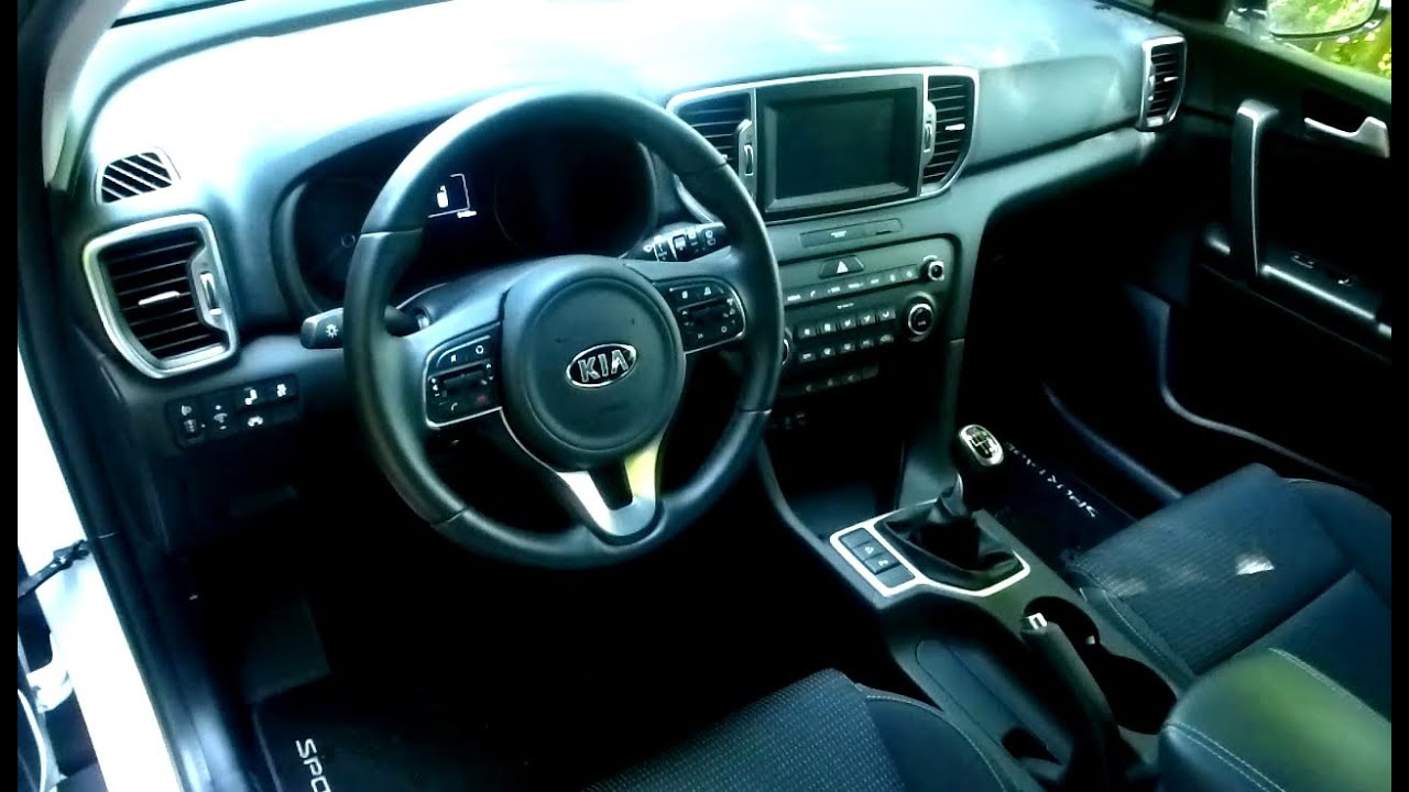 2016 kia sportage 1 6 gdi vision interieur in detail youtube. Black Bedroom Furniture Sets. Home Design Ideas