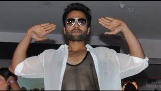 """""""Indian Gangnam Style"""" With Jackky Bhagnani"""