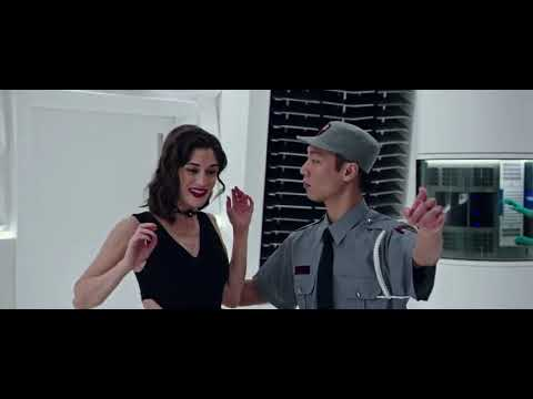 Now You See Me 2 Card Robbery Scene In Hindi Dubbed Released