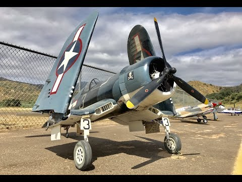 Giant RC F4U Corsair (CARF) with Folding Wings & Radial Engine - Warbirds & Classics 2017