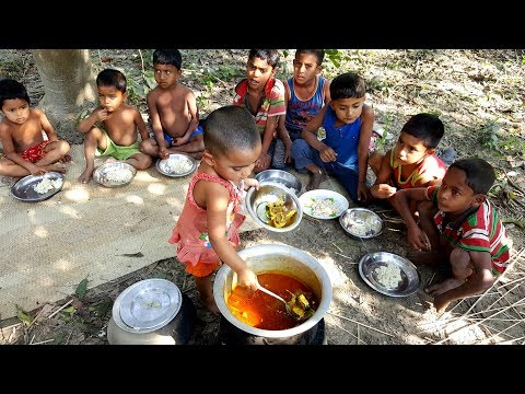 Tasty Hilsa/Elish Fish Curry Cooking By 3 Years Kid - Cute B