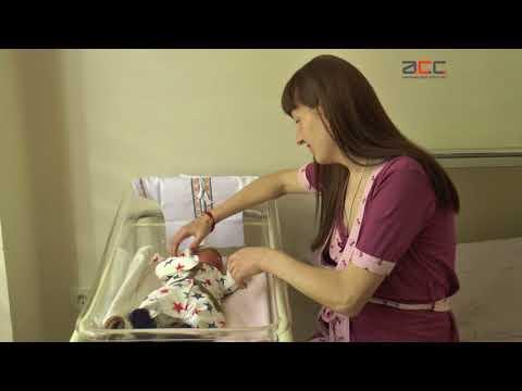 Інформаційне Агентство АСС  Вісім немовлят 2 пологового будинку у Чернівцях  отримали вишиванки 736b83ce84b88