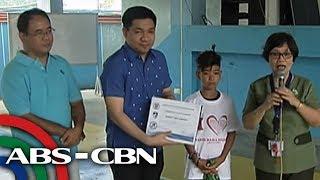 TV Patrol: Matapat na 'parking boy', binigyan ng scholarship, ayuda para sa pamilya