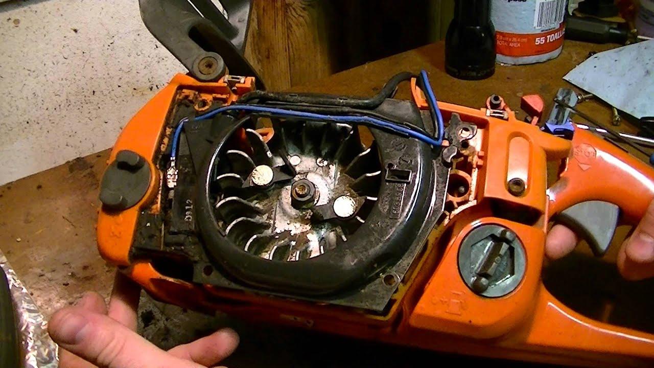 removing the gas tank from a husqvarna 350 youtube rh youtube com husqvarna 350 chainsaw manual pdf Husqvarna 350 Chainsaw Carburetor