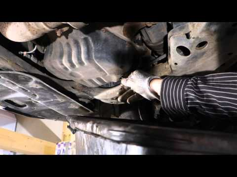 How to replace engine oil and filter Toyota Camry VVT-i 2.4 liter engine. Years 2002 to 2010