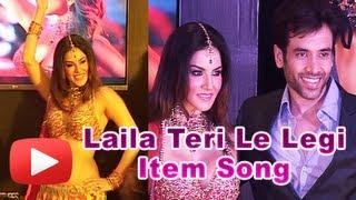 Hot Sunny Leone Steals Tusshar Kapoor's Heart