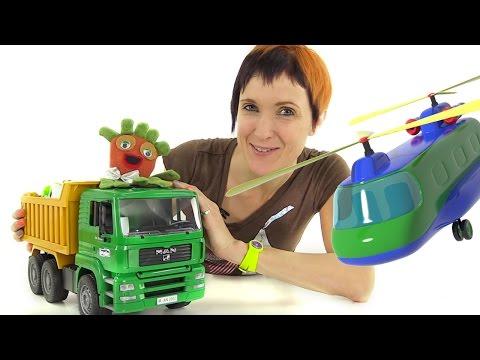 Маша и Мультфильм 3D аэропорт. Мультик конструктор про самолёты. Кей-Кей и Маша играют