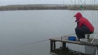 Коротка рибалка пикером в грудні. п. Присадовый