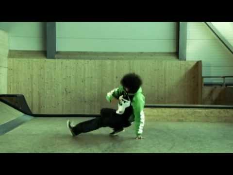 GORILLA Breakdance - Baby Love (9) D