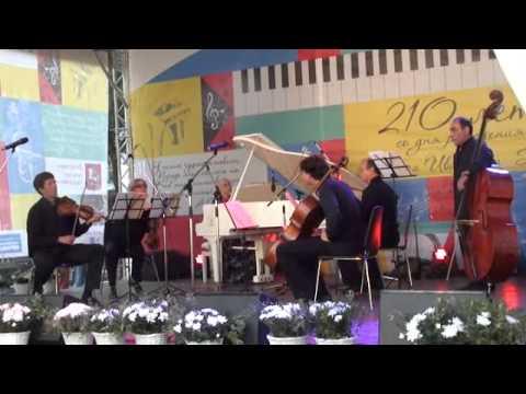 Глинка Михаил Иванович - Дивертисмент на тему оперы Беллини
