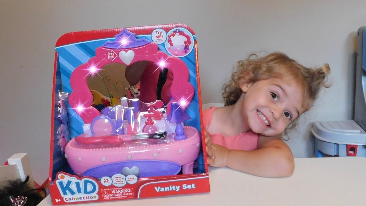 light sound vanity set with accessories and mirror for toddlers