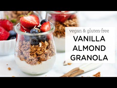 EASY VANILLA ALMOND GRANOLA ‣‣ vegan & gf