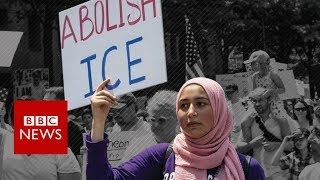 'Abolish ICE': Could US migrant detention force be broken up? - BBC News