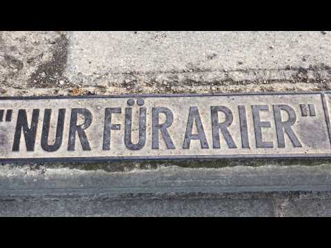 Inschrift zur Gläsernen Bank auf der Brühlschen Terrasse Dresden