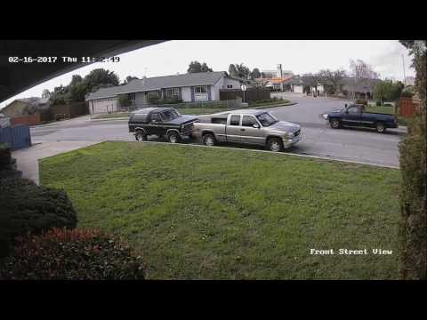 Asian lady lost the vehicle's control | Fremont, California