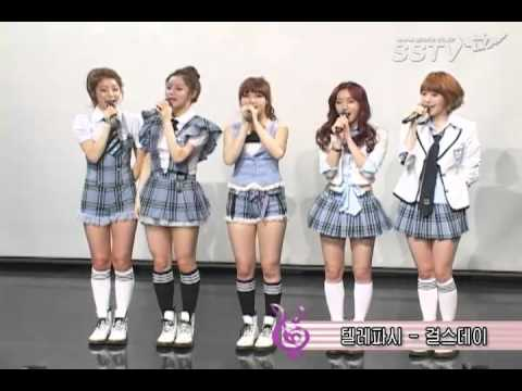 120418 Girl's Day - Oh My God + Telepathy Interview @ Everyday II Showcase