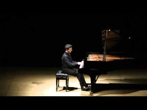 Albéniz: Tango - Enzo Oliva, piano