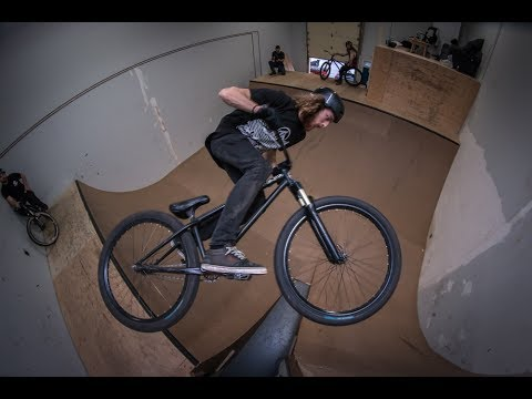 MTB: Unexpected Thursday 45: Clubhouse Session | The Rise MTB Videos