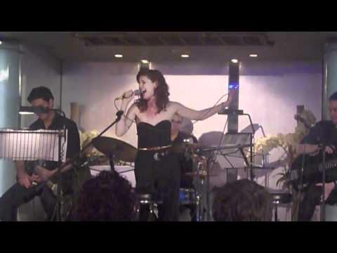 Nikki Davis Jones - The Understudy Song (30/04/2011)