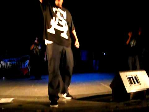 Psycho Realm en Monterrey 2009 -Land on Shadowns en vivo