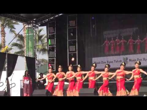 Fresno Hmong New Year 2018-Yeej Huam Dance Academy-R2