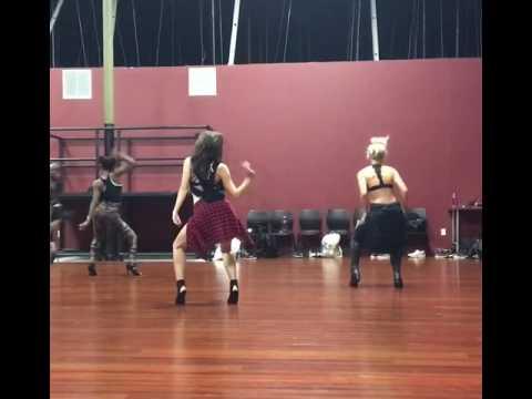 One minute man - Missy Elliot dance routine