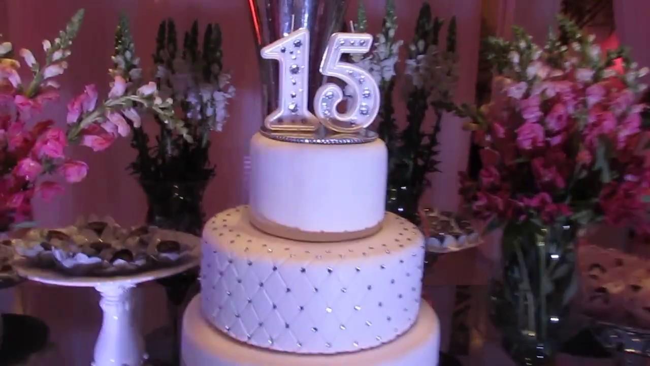 Sugest o de decora o de mesa para festa de 15 anos youtube for Mesas decoradas para 15 anos