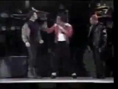 Michael Jackson Beat it Live in Malaysia 1996