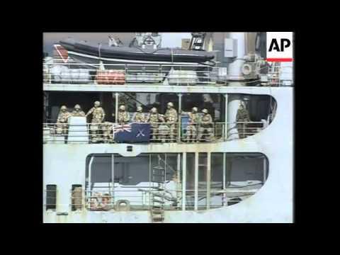 GWT: WRAP Aid distributed in Safwan, Az Zubaya, Sir Galahad docks in Umm Qasr