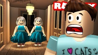TRAPPED IN A HORROR MANSION IN ROBLOX