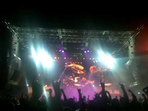 Metallica@Zagreb 2010 - Ecstasy Of Gold - Creeping Death.mp4