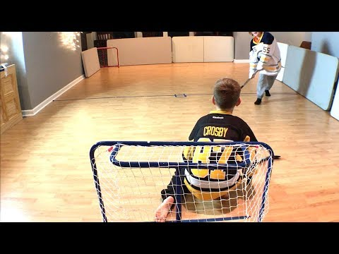 Knee Hockey Sidney Crosby vs Ristolainen Shootout first to 3