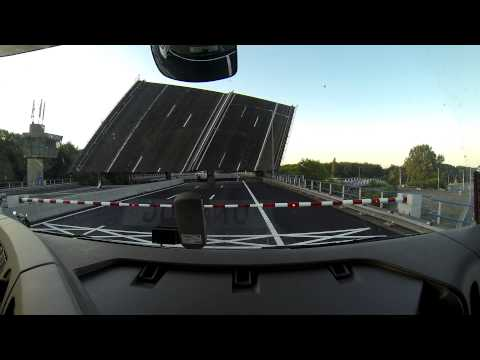 Engineering is awesome! Angled highway bridge! A9 Schipholbridge Holland