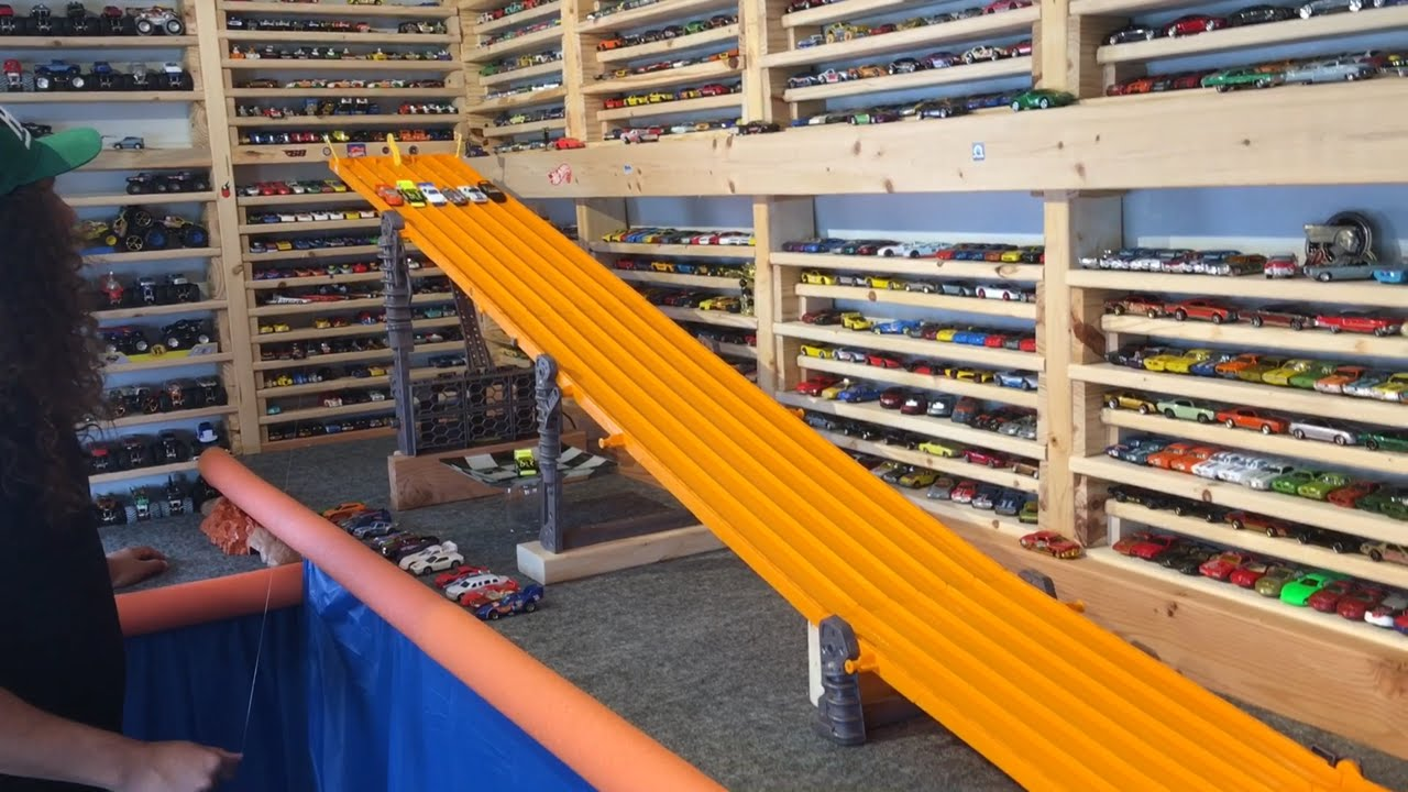 """2016 HOT WHEELS SUPER 6 LANE KING OF THE HILL #2 """"The Race ..."""