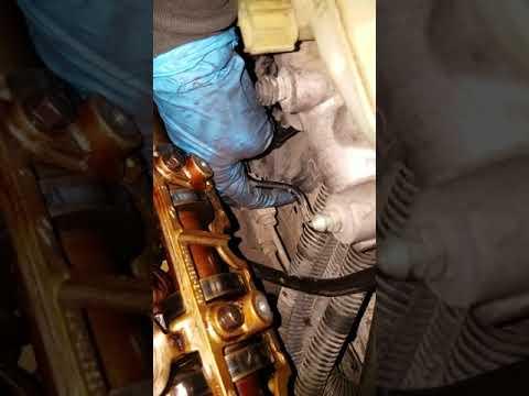 Cobra Mach 1 valve cover removal and tips 4.6 dohc 32v