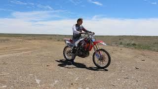 Мотокросс, тренировка на мотоцикле, взлеты и падения. HONDA CRF 450. Motocross, training.